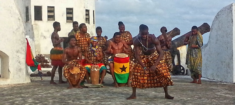 Picture, Twpon at Cape Coast Castle, Dancing, Traditional Drumming, Dance Group, Ghana, West Africa, Cape Coast Castle,
